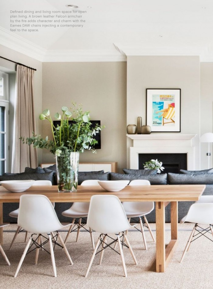 Eames chairs are just so retro-chic, love it