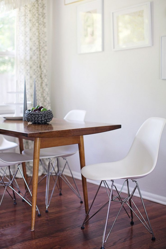 slim table, eames chairs