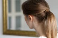 easy hairstyles criss-cross ponytail // provinzkindchen.com