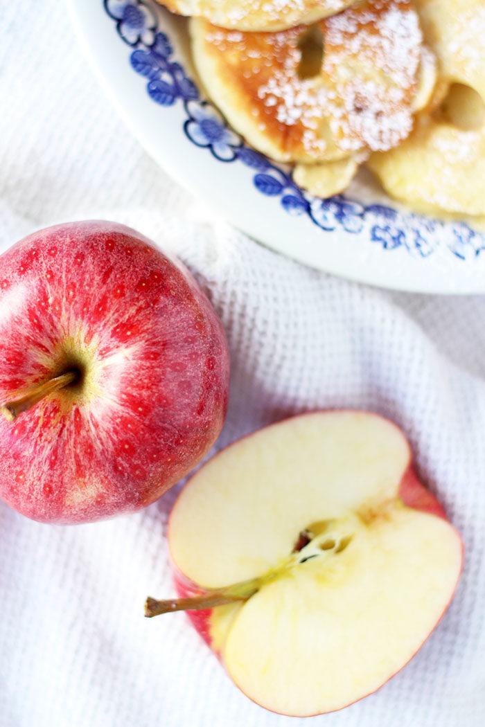 Rezept: Apfelkrapferl mit Staubzucker // provinzkindchen.com