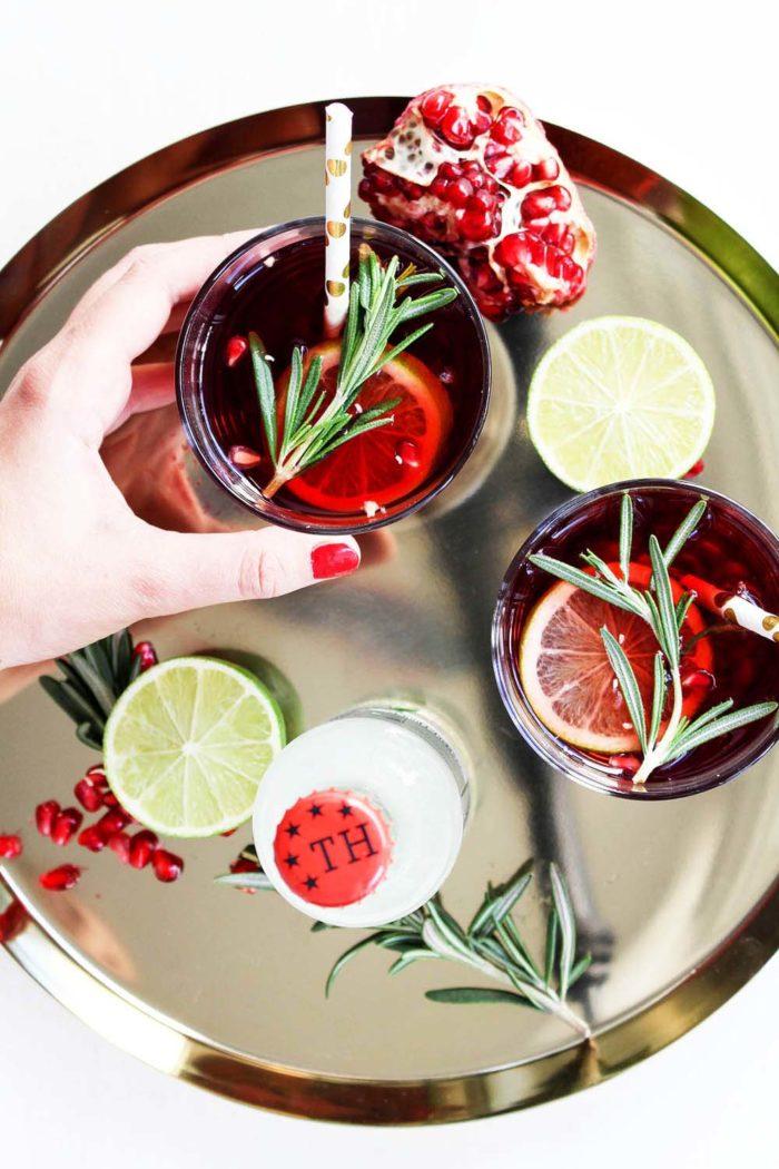 Weihnachtliche Getränkideen mit Thomas Henry: Spicy Ginger Granatapfel Mocktail